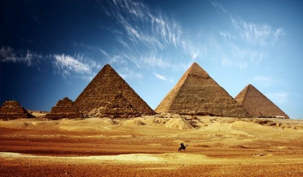Оптимальными для отдыха в стране египетских пирамид считаются сентябрь-октябрь