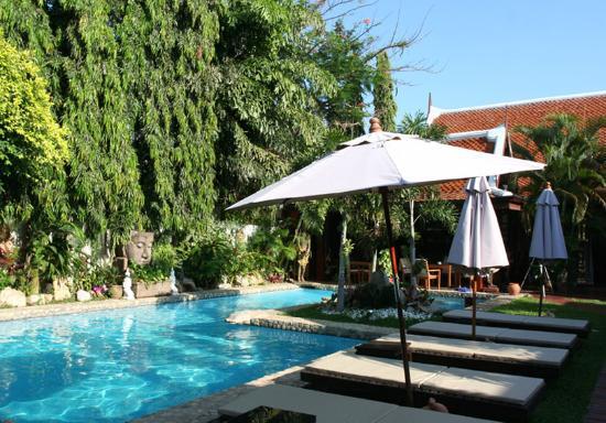 4. Le Prive Pattaya: хорош для спокойного отдыха, но и развлечения недалеко, приятные хозяева, вкусный завтрак, очень уютный.