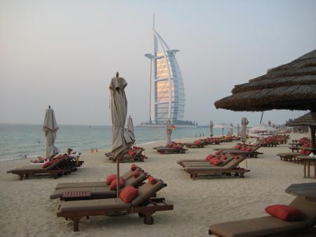 Пляж курорта Madinat Jumeirah