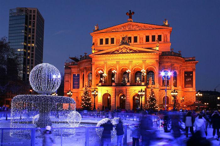 Старая Опера во Франкфурте-на-Майне открыта всегда