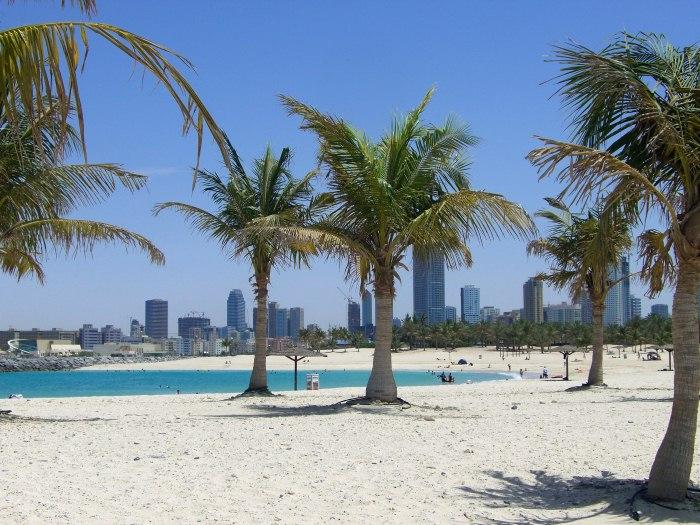 02-AlMamzar-Beach-Park