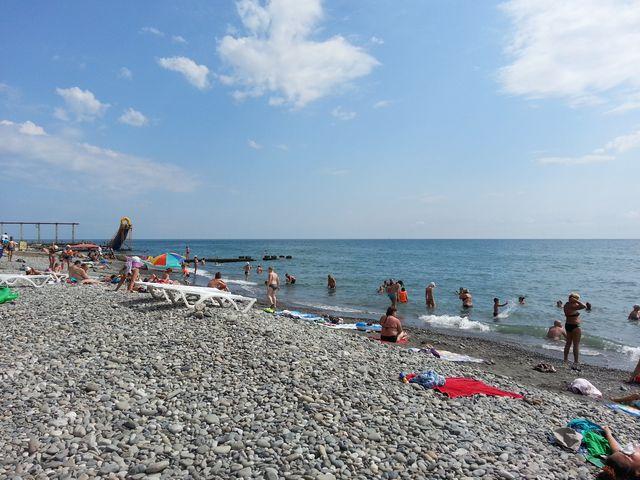 Адлер пляжа и города летом 7