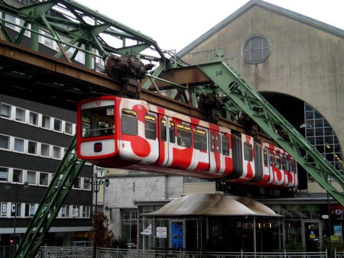 Подвесная дорога Дортмунд Германия