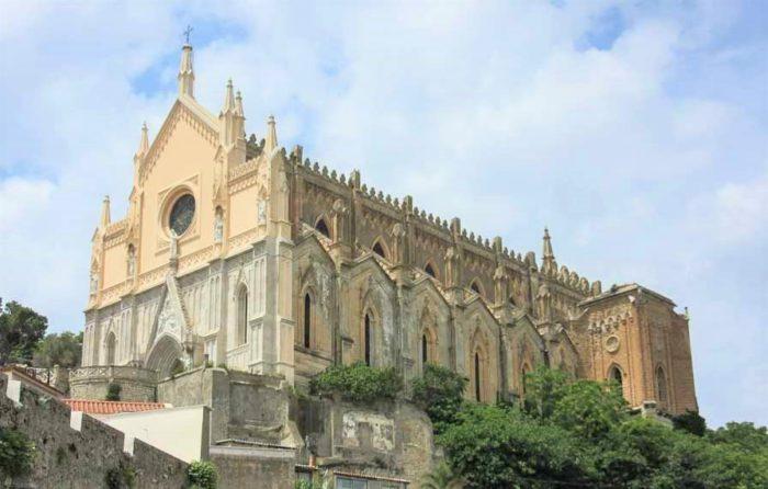 Храм Святого Франциска Гаэта Италия - фото и видео