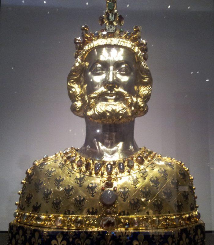 Сокровищница -Treasury of Aachen Cathedral